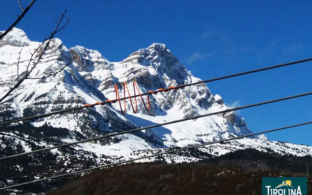 ¿te vienes en Semana Blanca a la Tirolina del Valle de Tena?
