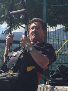 Estos fueron algunos de los primeros saltos en la Tirolina Valle de Tena, ¡¡sonrisas y emoción en la tirolina doble más larga de Europa!! Información y tickets en https://tirolinavalledetena.com/tarifas-y-reservar/