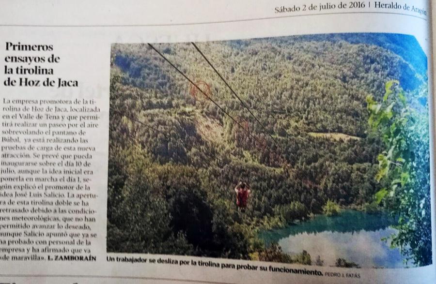 El pasado sábado aparecía en HERALDO de Aragón una noticia con los primeros ensayos de la Tirolina Valle de Tena.