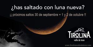 Salto en la tirolina con luna nueva