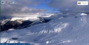 Sol, temperaturas frescas y los cañones funcionando en Aramón Formigal-Panticosa. ¡¡La temporada de #esquí cada vez está más cerca!! Último fin de semana de noviembre, y en la #tirolina del #valledetena os esperamos el sábado y domingo con horario de 11 a 17 h